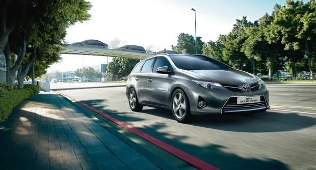 offerta noleggio auto a lungo termine Toyota Auris Touring Sports 3