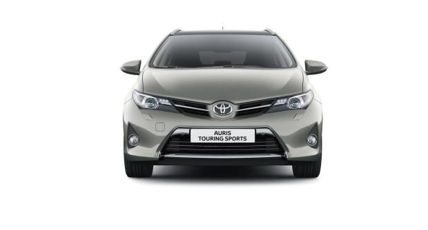 offerta noleggio auto a lungo termine Toyota Auris Touring Sports 4